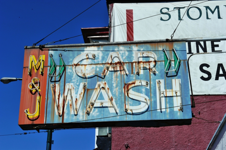 Vancouver Hand Car Wash Opoen 7 Days a Week